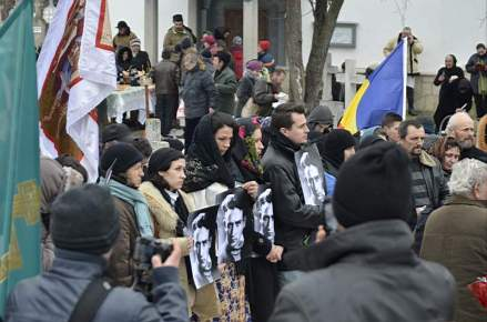 Praznuirea Sf. Valeriu Gafencu, Tg. Ocna 16 feb 2013_8
